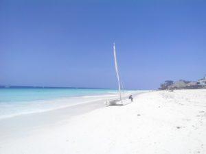 Пляж Кендва на Занзибаре