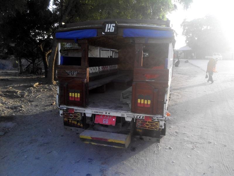 общественный транспорт Занзибара