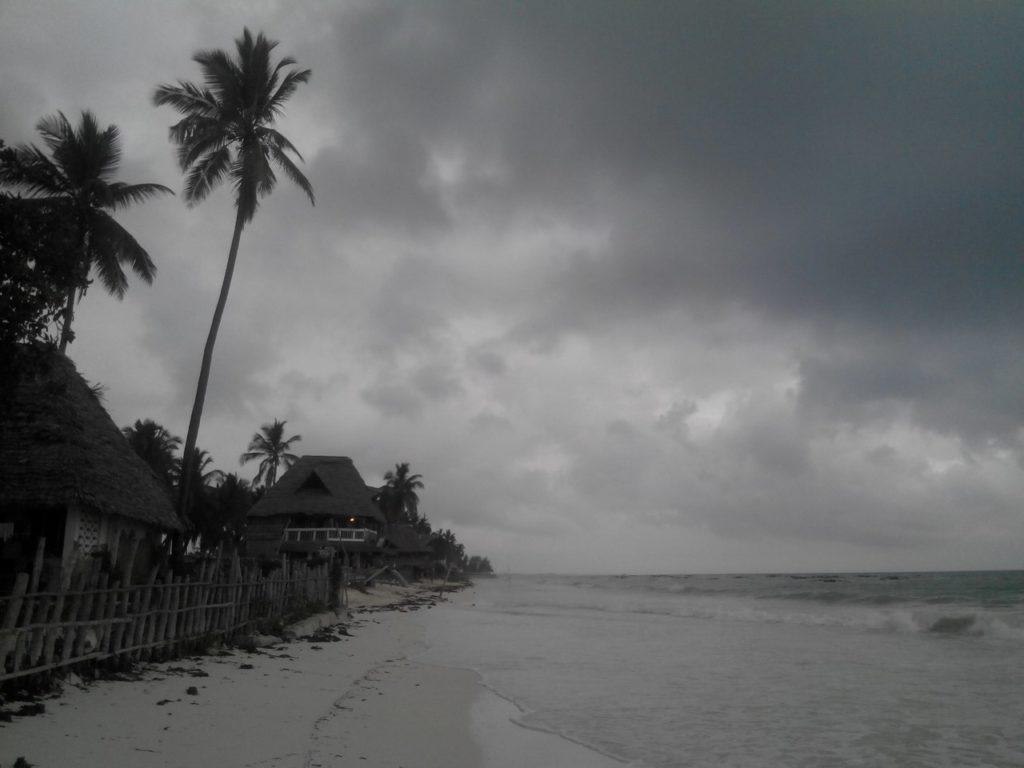 Дождливое утро на Занзибаре