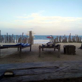 Джамбиани пляж