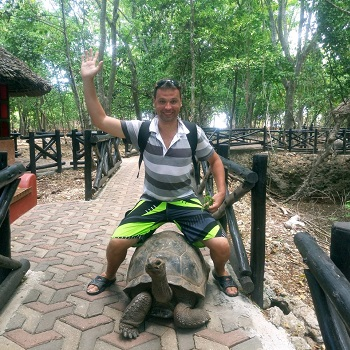 Prison island — остров черепах