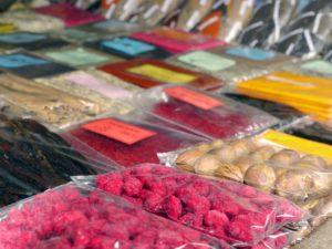 семена баобаба в танзании на рынке