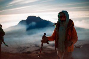Многослойная одежда при восхождении на гору
